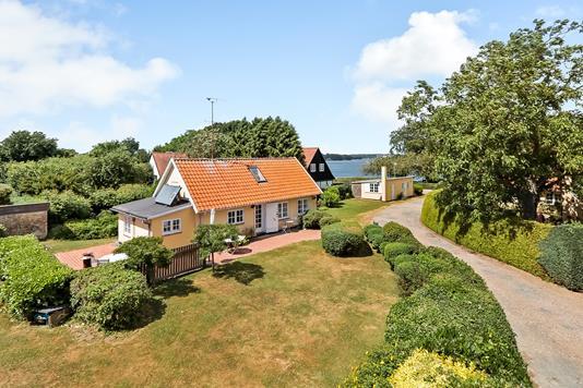 Villa på Tjørnevænget i Svendborg - Ejendommen