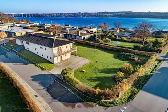 Villa på Sundbakken i Svendborg - Luftfoto