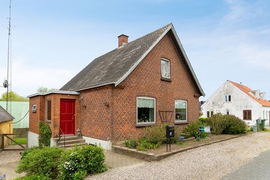Villa på Heldagergårdsvej i Svendborg - Set fra vejen