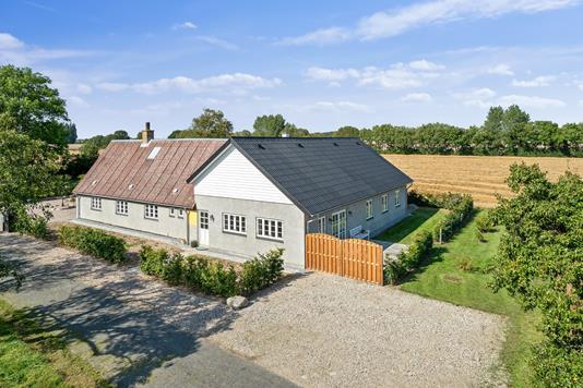 Villa på Staboltvej i Svendborg - Set fra vejen