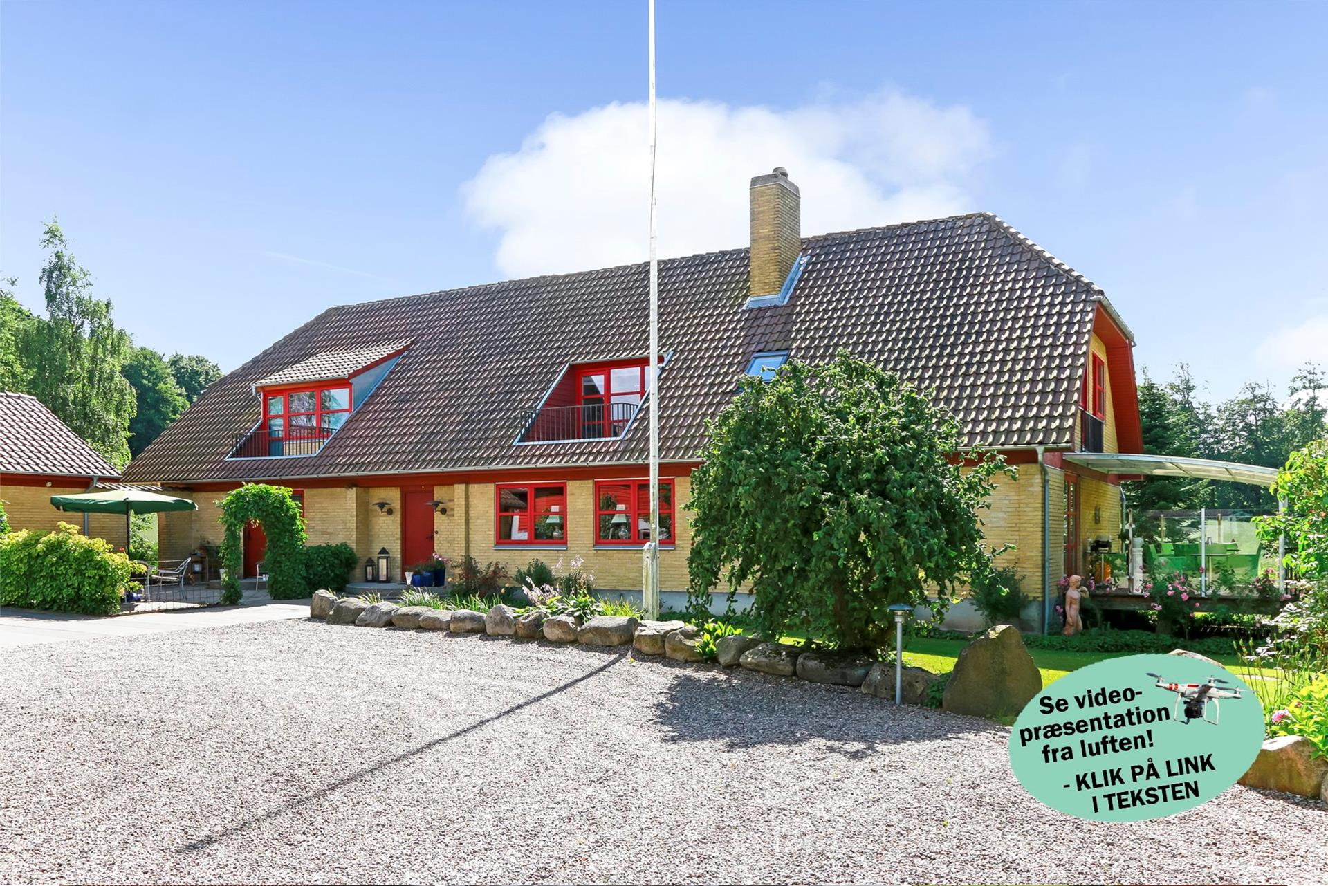 Landejendom på Mynderup Hestehave i Vester Skerninge - Mastefoto