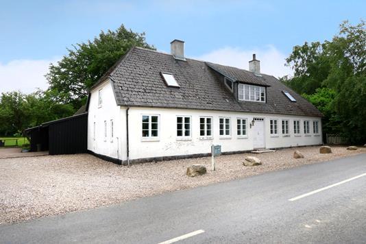 Villa på Bobjergvej i Stenstrup - Ejendommen