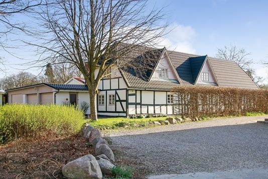 Villa på Strædet i Ørbæk - Ejendommen