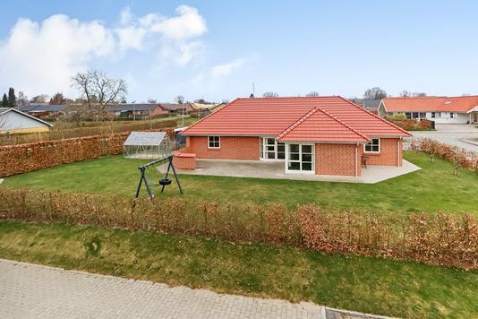 Villa på Plovskiftet i Skårup Fyn - Ejendommen