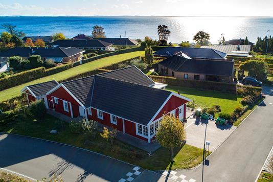 Villa på Skibsbakken i Skårup Fyn - Luftfoto