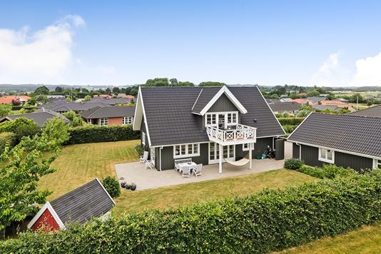 Villa på Sømarken i Vester Skerninge - Ejendommen