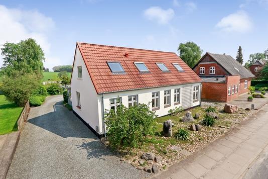 Villa på Byvej i Gudbjerg Sydfyn - Ejendommen