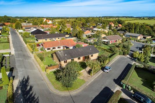 Villa på Præstemarken i Gudbjerg Sydfyn - Luftfoto