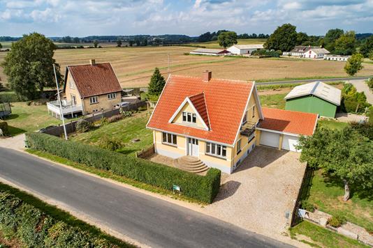 Villa på Egebjergvej i Stenstrup - Luftfoto