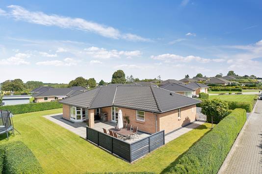 Villa på Gryagervænget i Gudme - Set fra haven