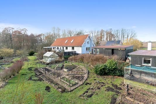 Villa på Kohavevej i Vester Skerninge - Set fra haven