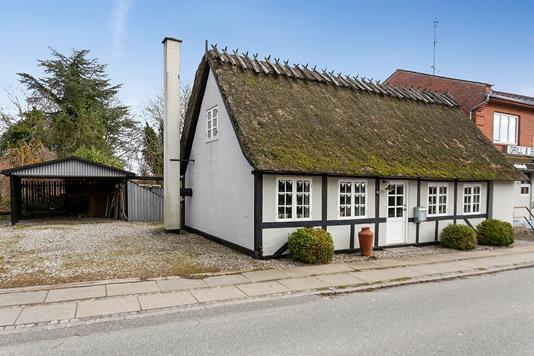 Villa på Østergade i Skårup Fyn - Set fra vejen