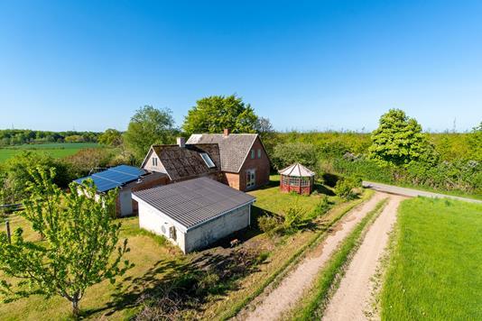 Villa på Sognevej i Vejstrup - Set fra vejen