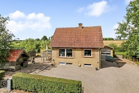 Villa på Sognevej i Stenstrup - Ejendommen