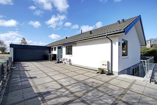 Villa på Skonnertvej i Jyllinge - Indkørsel