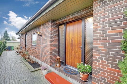 Villa på Fregatvej i Jyllinge - Overdækket indgang