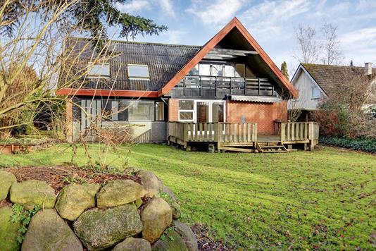 Villa på Bakkevej i Jyllinge - Ejendommen