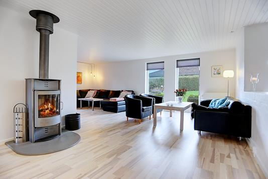 Villa på Stenkrogen i Jyllinge - Stue