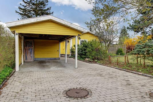 Villa på Cecilievej i Jyllinge - Carport