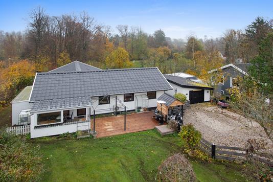 Villa på Osvej i Jyllinge - Ejendommen