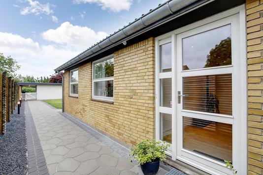 Villa på Evertvej i Jyllinge - Ejendommen