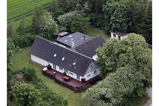 Villa på Randersvej i Fårup - Luftfoto