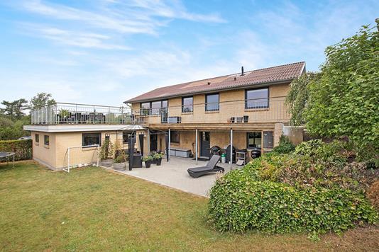 Villa på Bøgegade i Hobro - Ejendommen