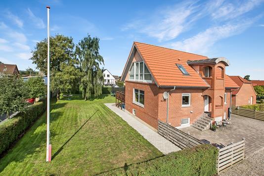 Villa på Mejsevej i Nørager - Ejendommen