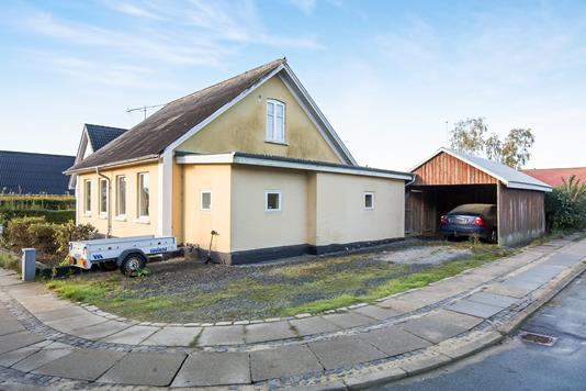 Villa på Hegedalsvej i Hobro - Ejendommen