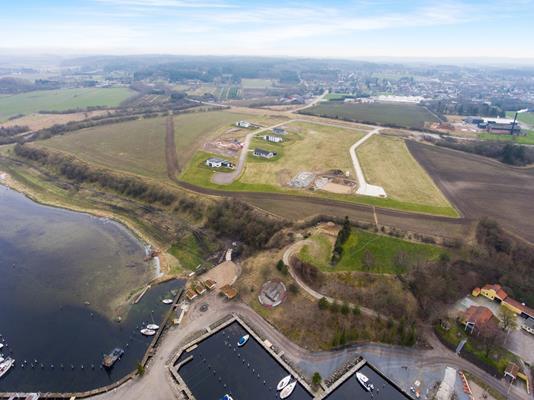 Helårsgrund på Kongsdalparken i Mariager - Luftfoto