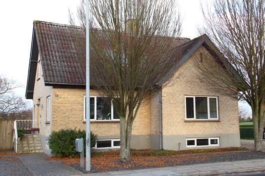 Villa på Jyllandsgade i Nørager - Ejendommen