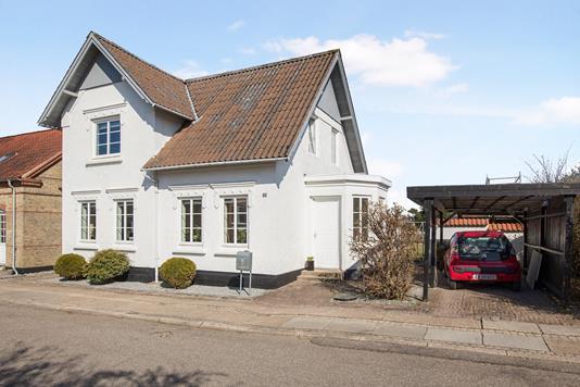Villa på Møllebakken i Hobro - Ejendommen