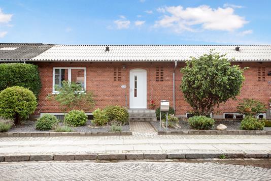 Villa på Stationsvej i Hobro - Ejendom 1
