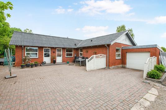 Villa på Skivevej i Hobro - Ejendommen