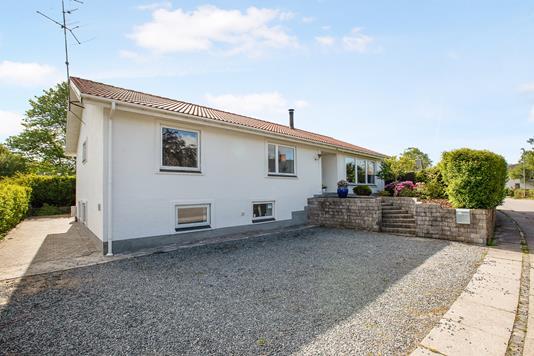 Villa på Lillemøllevej i Hobro - Ejendommen