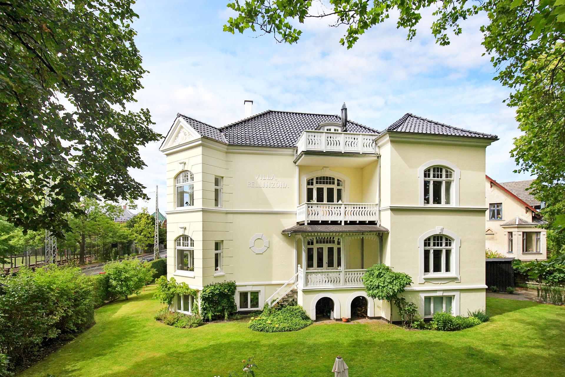 Villalejlighed på Nyelandsvej i Frederiksberg - Ejendommen
