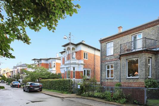 Villa på Asgårdsvej i Frederiksberg C - Andet
