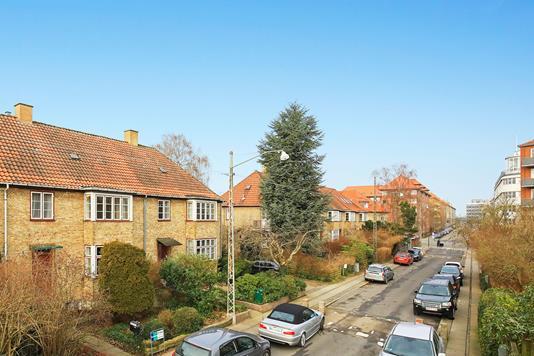 Villa på C.N. Petersens Vej i Frederiksberg - Ejendommen