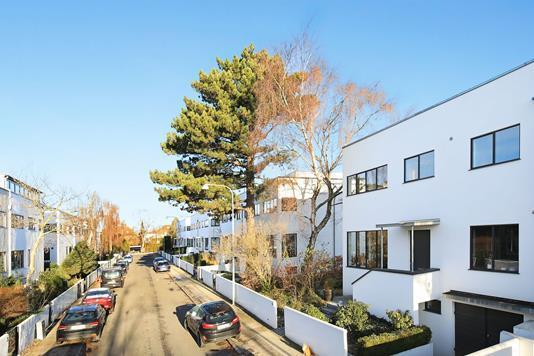 Villa på Emanuel Olsens Vej i Frederiksberg - Ejendommen