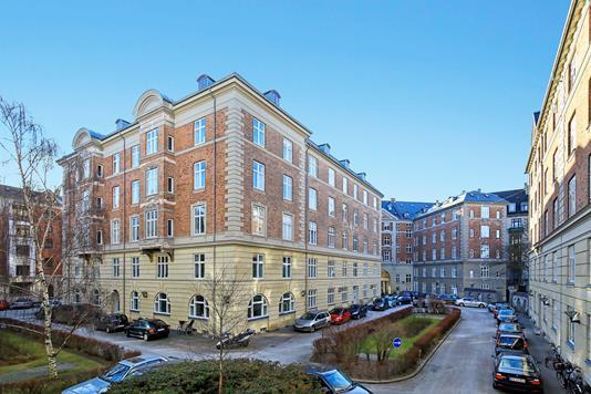 Ejerlejlighed på Sankt Thomas Alle i Frederiksberg C - Ejendommen