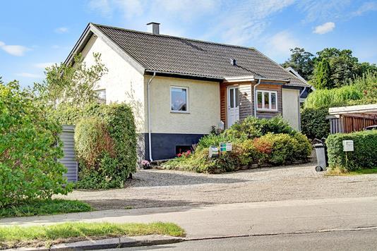Villa på Ellekildehavevej i Ålsgårde - Ejendommen