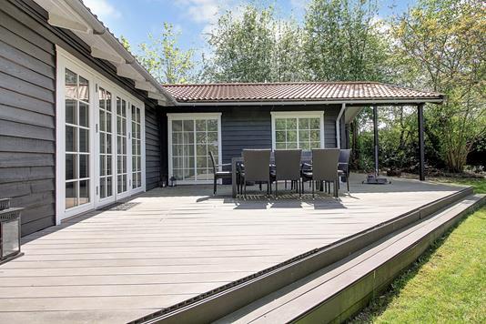Fritidsbolig på Carl Hansens Vej i Hornbæk - Terrasse