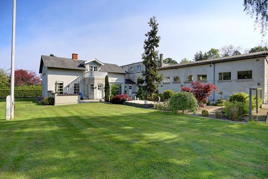 Villa på Havreholmvej i Hornbæk - Ejendommen