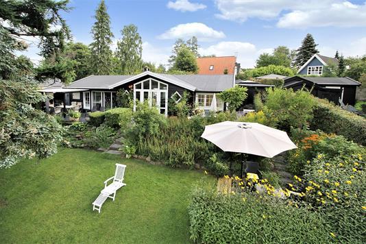Villa på Skovvænget i Hornbæk - Have