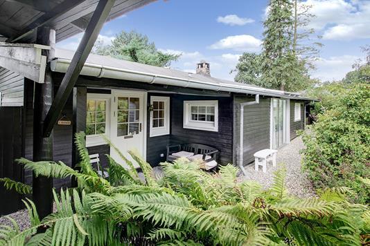 Villa på Skovvænget i Hornbæk - Ejendommen