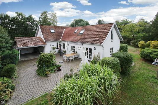 Villa på Villingebækvej i Hornbæk - Ejendommen