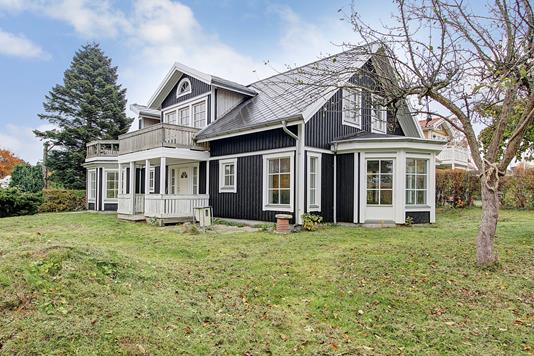 Villa på Mælkevejen i Hornbæk - Ejendommen