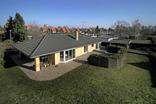 Villa på Brünnichesvej i Hornbæk - Ejendommen