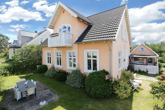 Villa på Nordre Strandvej i Hornbæk - Ejendommen