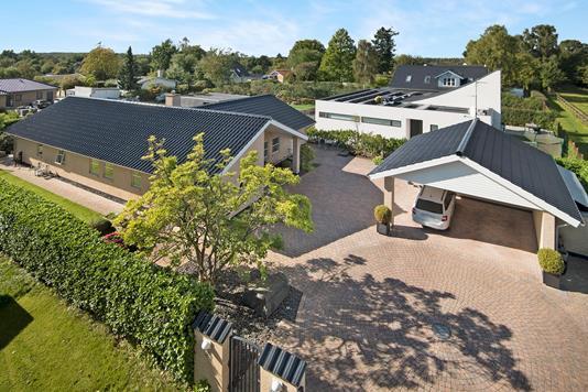 Villa på Ubberødvej i Hørsholm - Ejendommen